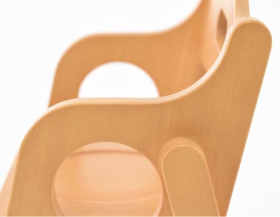 考え抜いた設計 幼児 椅子